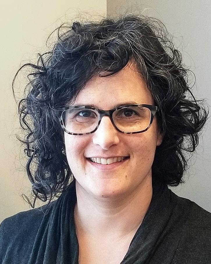Neora Snitz - Social Worker